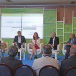 Celso Gándara (portavoz del Foro pola Economía Social Galega), Estelle Bacconnier (en representación da Comisión Euroea), Francisco Conde (Conselleiro de Economía, Emprego e Industria) e Juan A. Pedreño (presidente de CEPES) debatieron acerca del futuro de la Economía Social. 05/06/2019.