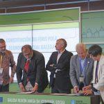 Representantes de AEIGA, AESGAL, AGACA,Cegasal y Espazocoop firmaron la constitución del Foro pola Economía Social Galega. 05/06/2019.